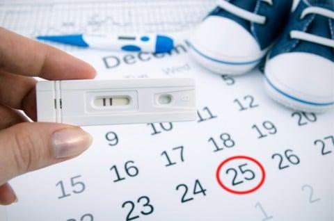 妊娠検査薬でフライング検査を行うのはいいこともあるし悪いこともある。