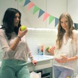 女性 料理 キッチン パーティ