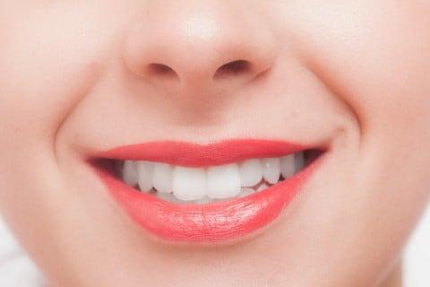 女性 口 歯 顔