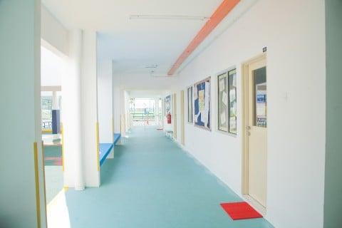 風景 廊下 建物 教室