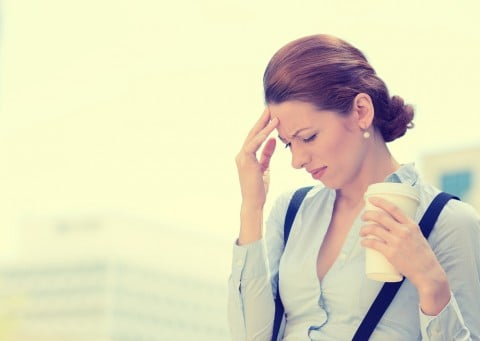 頭痛 女性 仕事 悩み