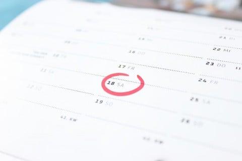 チェック カレンダー 予定