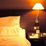 家 寝室 ベッド