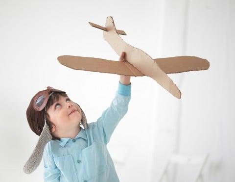 男の子 飛行機