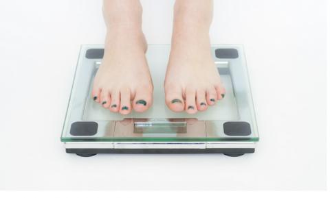 女性 ダイエット 体重