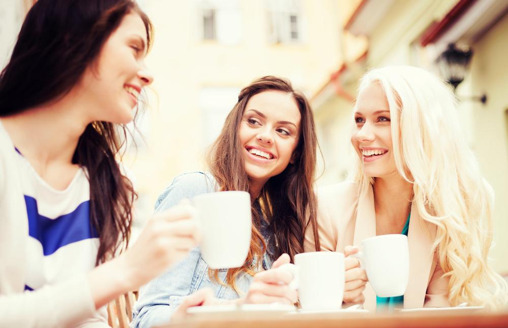 女性 カフェ コーヒー お茶 ランチ