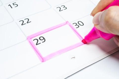 カレンダー 予定 チェック