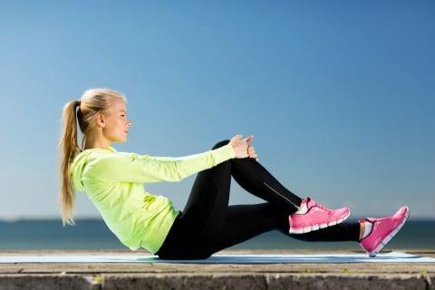 女性 運動 体操 ストレッチ
