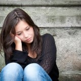 女性 悩み 考える 悩む 困る