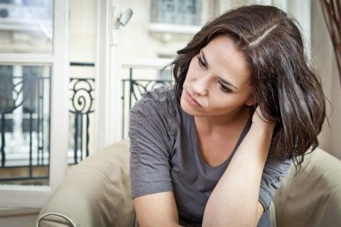 女性 悩み 考える 困る
