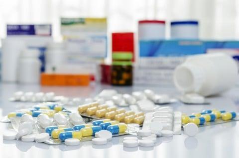 薬 飲む 病気