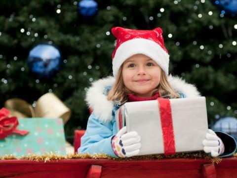 クリスマス 子供 プレゼント ツリー 女の子4歳