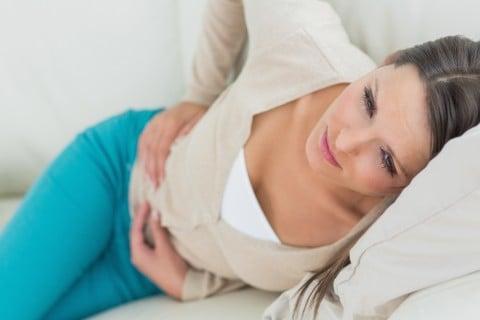 女性 腹痛 生理痛