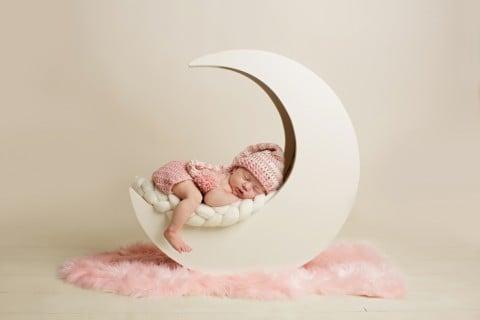 赤ちゃん 新生児 月