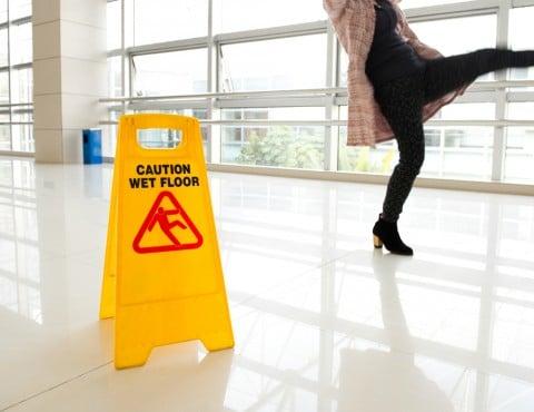 注意 危険 滑る