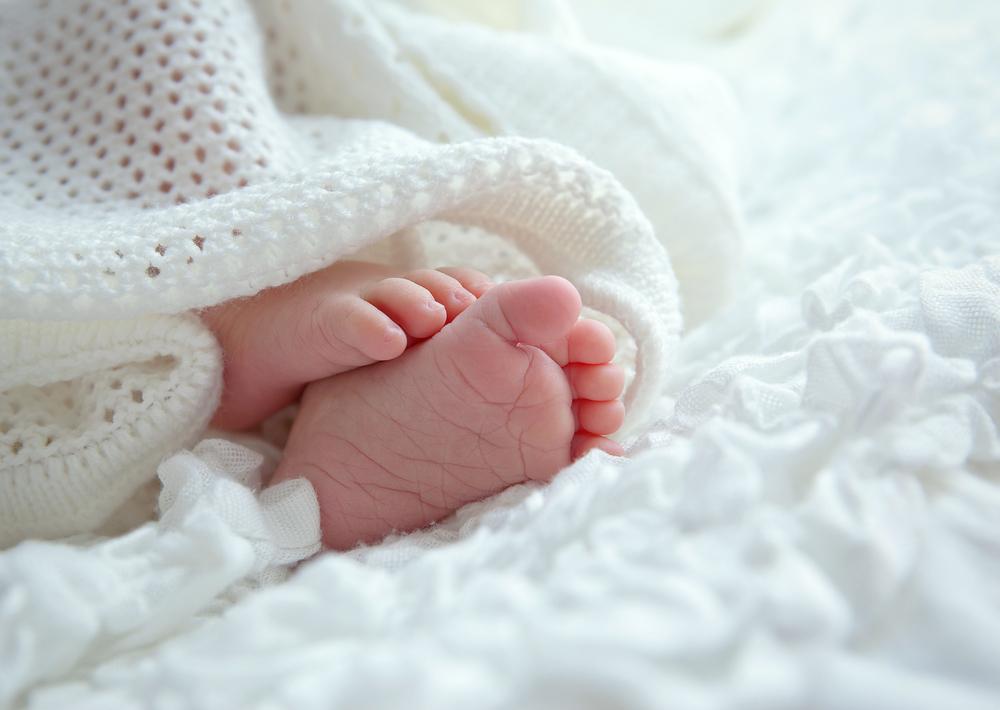 タオル 足 赤ちゃん