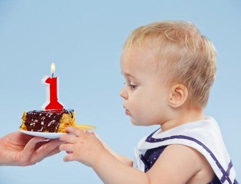 赤ちゃん 子供 誕生日 1歳
