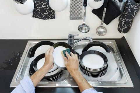 皿洗い 家事