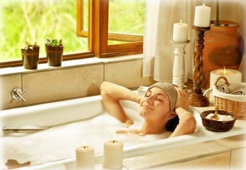 女性 入浴 リラックス お風呂