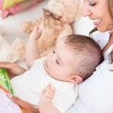 赤ちゃん 絵本 女性