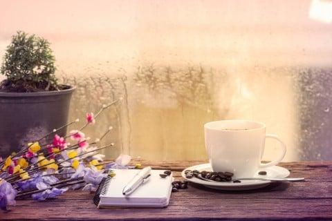 コーヒー 雨 ノート