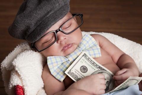 赤ちゃん 新生児 お金 めがね
