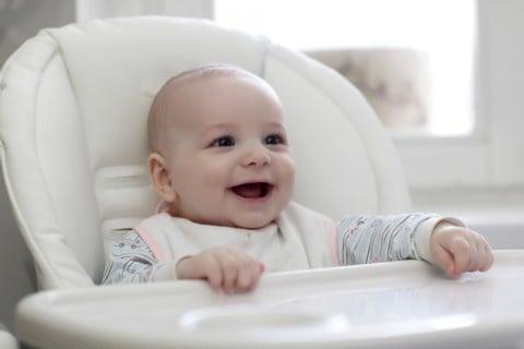 赤ちゃん 口 歯 ベビーラック 離乳食