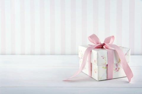 女の子 プレゼント 箱 内祝い