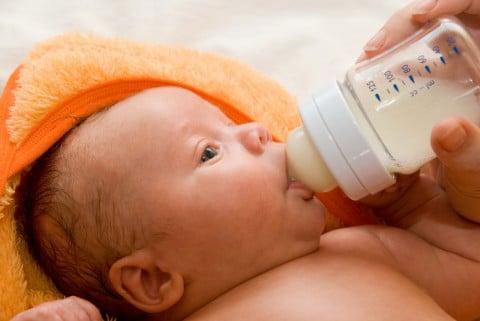 ミルク ない 赤ちゃん 飲ま