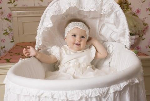女の子 赤ちゃん ベビーベッド