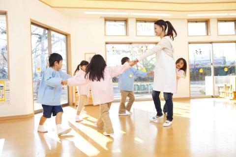 幼稚園 保育園 教室 子供