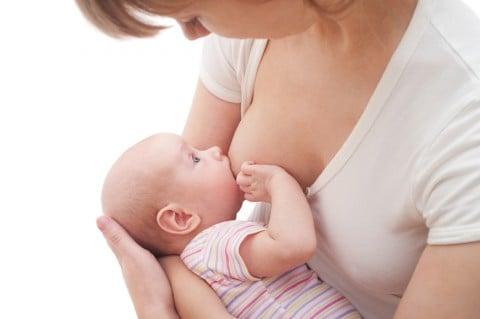 授乳 新生児 ママ おっぱい