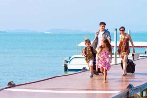 家族 旅行 海 夏 沖縄