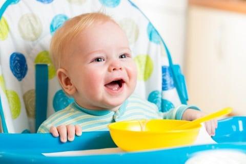 赤ちゃん イス 食事
