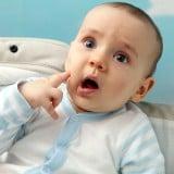 赤ちゃん 驚き びっくり 新生児