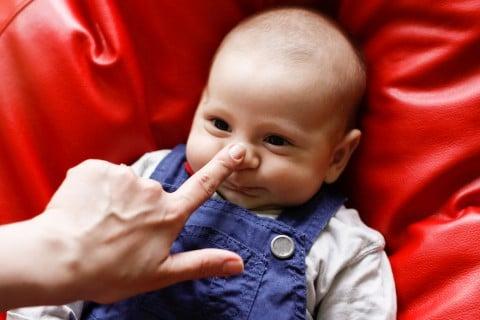 新生児 鼻 鼻水 赤ちゃん