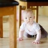 赤ちゃん はいはい ベビーフェンス
