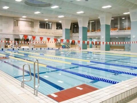 要出典 中央区総合スポーツセンター 温水プール