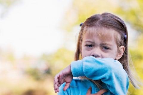 咳 子供 せき 咳き込む 幼児