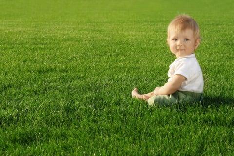 赤ちゃん お座り 遊び