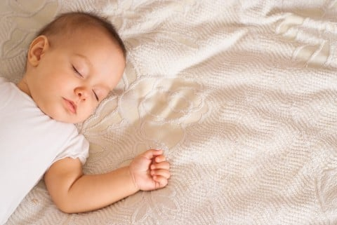 赤ちゃん 寝る 眠る