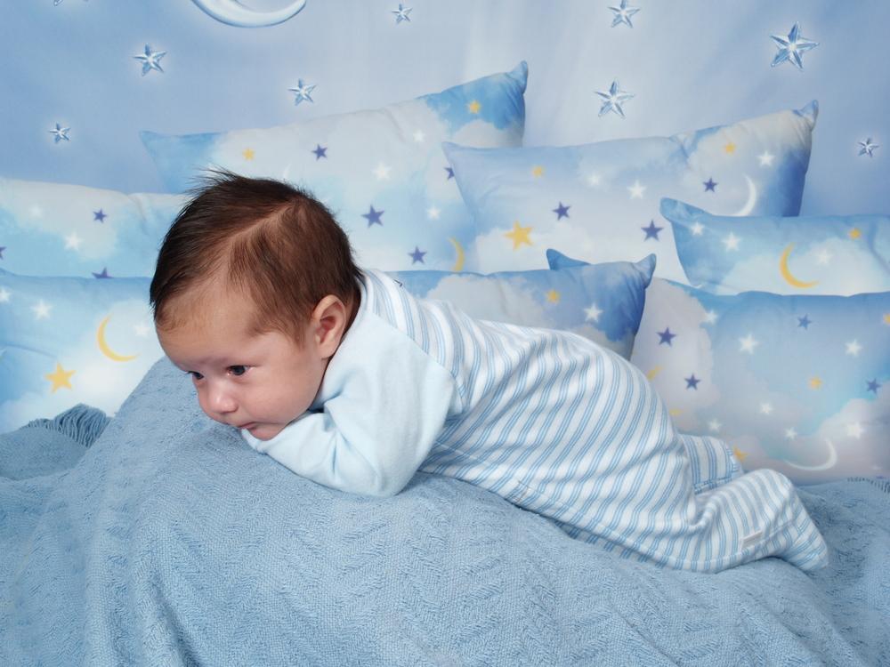 8b3844c89bfaa 赤ちゃんのパジャマはいつから?新生児から1歳までのサイズは? - こそだ ...