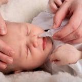 赤ちゃん 新生児 鼻水 吸引
