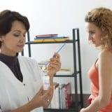 女性 健診 受診 産婦人科 医師 病院