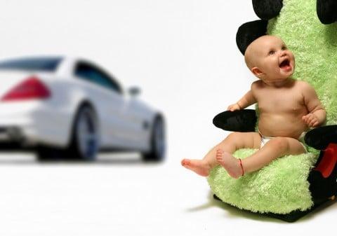赤ちゃん チャイルドシート 車