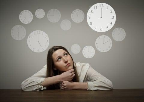 女性 時間 期間 時計 いつから いつまで 疑問 クエスチョン