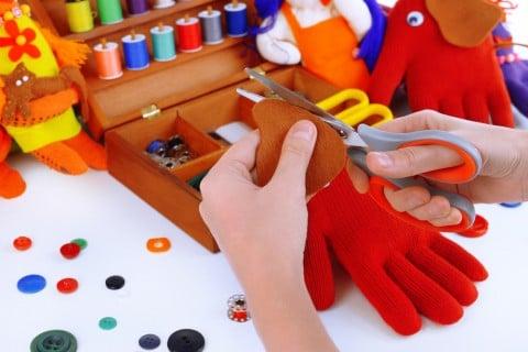 手作り おもちゃ はさみ フエルト 布
