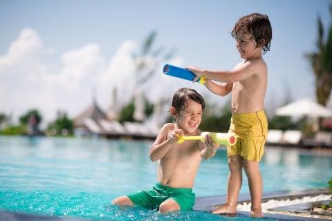 子供 水遊び プール 水鉄砲 男の子