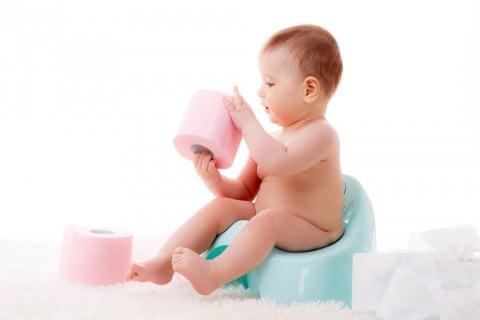 赤ちゃん おまる トイレットペーパー トイレ