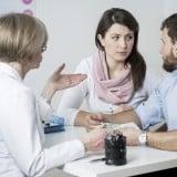 不妊治療 医師 相談 カップル 受診 夫婦